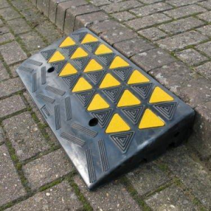 KERB RAMP RUBBER 150mm